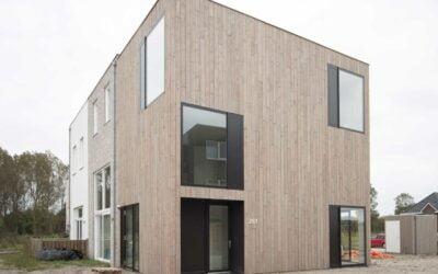 Zelfbouw hoekwoning Almere opgeleverd