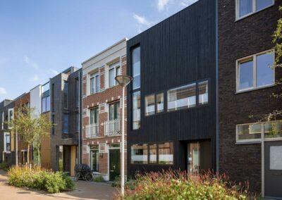 Tussenwoning met watervaltrap, Coendersbuurt, Delft